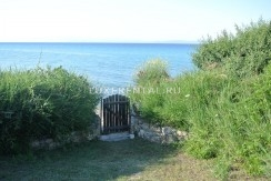 private gate to the beach