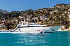 Яхта в Италии