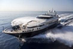 Яхта в Монако